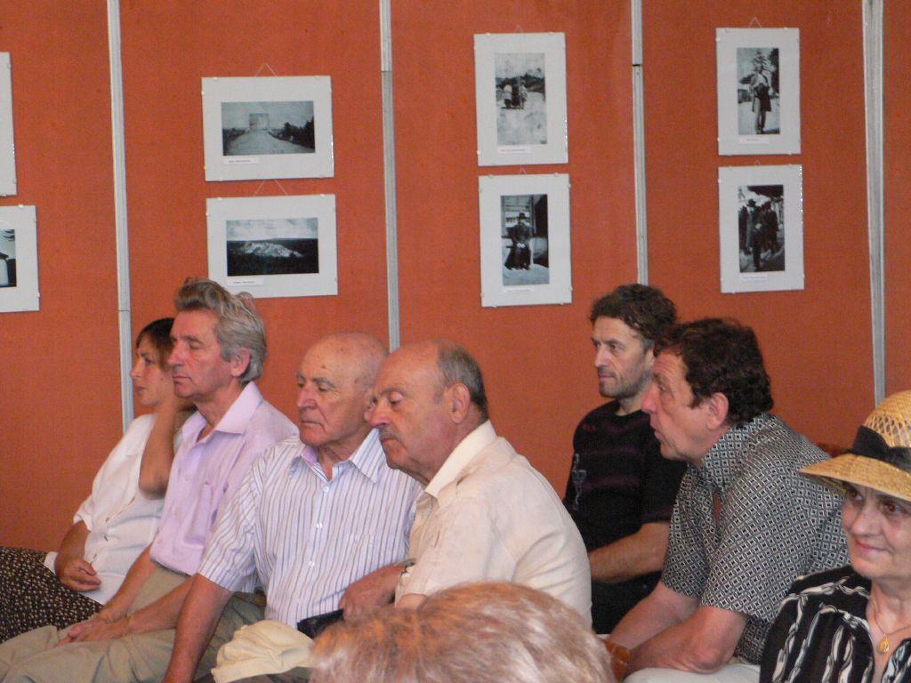 Gruparea poetilor, Foto Agata