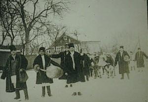 Blug cu boi - Vorniceni (fotografie din colectia Muzeului Judetean Botosani)[1024x768]
