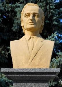 Statuie-Balti-Gr-Vieru [800x600]
