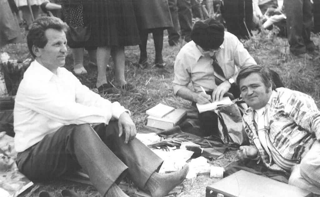 Ionel Bejenaru la Costesti - Podul de flori, 6 mai 1990