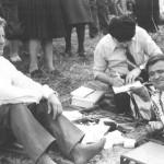 Album cultural-istoric botoşănean: Ionel Bejenaru la Costesti - Podul de flori, 6 mai 1990