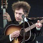 Spre librărie, pentru Nobelul lui Bob Dylan