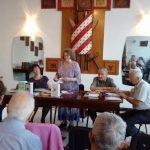"""La cenaclul """"Artur Silvestri"""": Oaspeți dragi - scriitori din Năsăud"""
