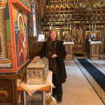 Bisericuţa din Dealul Suieştilor - Făclia aprinsă de Patriarhul Justinian Marina